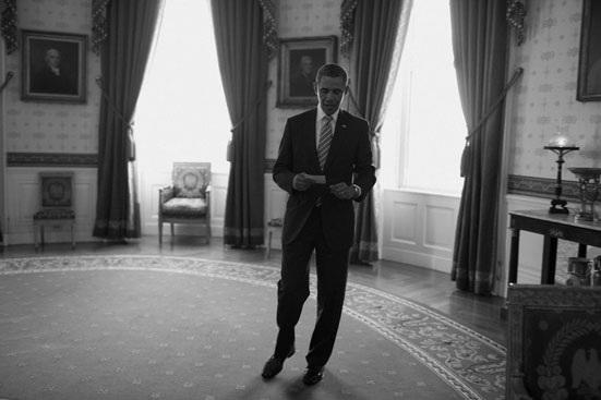 """""""Hậu trường"""" một ngày làm việc của Obama - 18"""