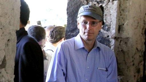 Syria: Mỹ đóng sứ quán, sơ tán nhân viên, Anh triệu đại sứ - 1