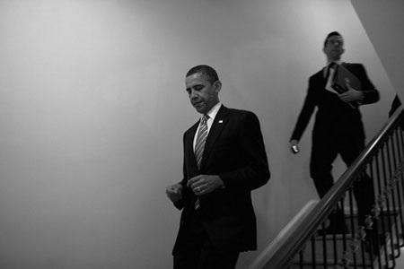 """""""Hậu trường"""" một ngày làm việc của Obama - 9"""
