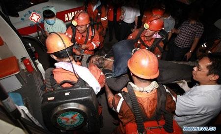 104 người đã được đưa ra khỏi hầm mỏ.