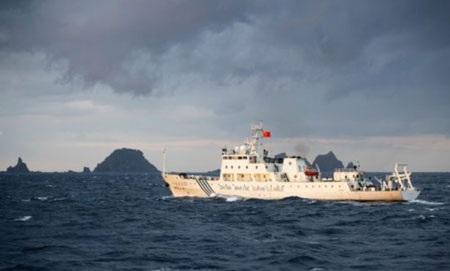 Trung Quốc cho biết hai tàu hải giám hiện đã ở trong vùng biển của Senkaku/Điếu Ngư.