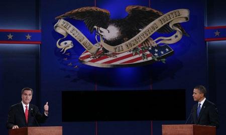 Obama-Romney lần đầu đấu khẩu trực tiếp