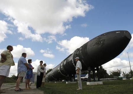 Nga tiết lộ đang phát triển tên lửa đạn đạo có sức vươn toàn cầu