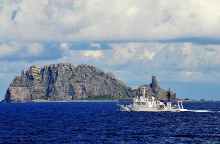 Tàu Trung Quốc gần quần đảo tranh chấp với Nhật,Senkaku/Điếu Ngư trên Hoa Đông.
