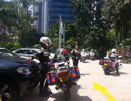 An ninh được thắt chặt bên ngoài Khách sạn Shangri-la