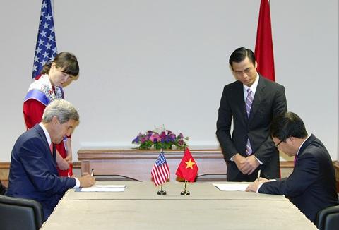 Việt Nam-Hoa Kỳ ký hiệp định hạt nhân dân sự