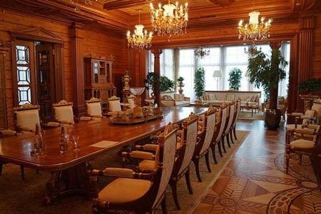 Thêm hình ảnh về dinh thự lộng lẫy của ông Yanukovych