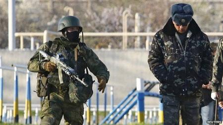 Binh sỹ ở căn cứ Belbek đã được ra tối hậu thư trước cuộc đột kích.