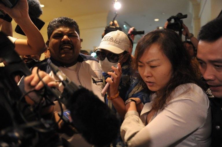 """Chủ tịch Trung Quốc """"nổi giận"""" trước vụ máy bay mất tích"""