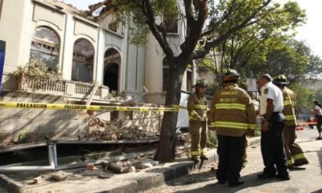 Mexico may mắn chỉ bị thiệt hại nhẹ trong trận động đất 7,2 richter.