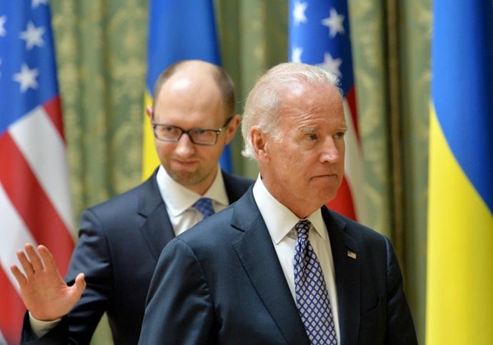 """Nga cáo buộc Mỹ """"điều khiển màn kịch"""" ở Kiev"""