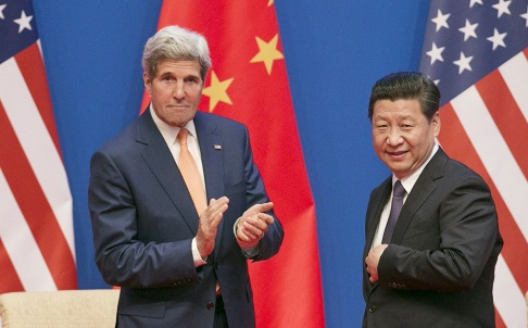 Chủ tịch Trung Quốc Tập Cận Bình và Ngoại trưởng Mỹ John Kerry tại Bắc Kinh.