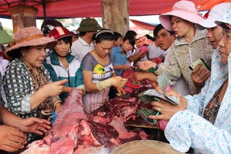 Giá thịt trâu giảm 1/3 so với ngày hôm qua