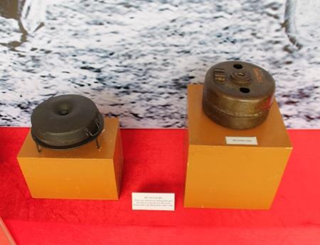 Một số loại mìn sử dụng trong chiến dịch Điện Biên Phủ.
