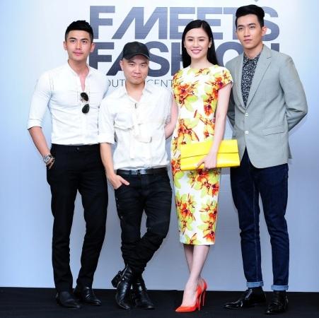 Người mẫu Lê Thúy và Hoàng Thúy nổi bật bên NTK Đỗ Mạnh Cường.