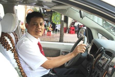 Tài xế Nguyễn Văn Lộc liên tiếp đoạt 2 giải thưởng lớn cấp công ty trong 2 năm 2013 và 2014