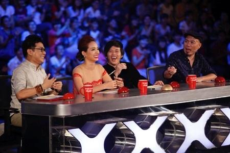 Các giám khảo đều bị chinh phục bởi cảm xúc của bài nhảy