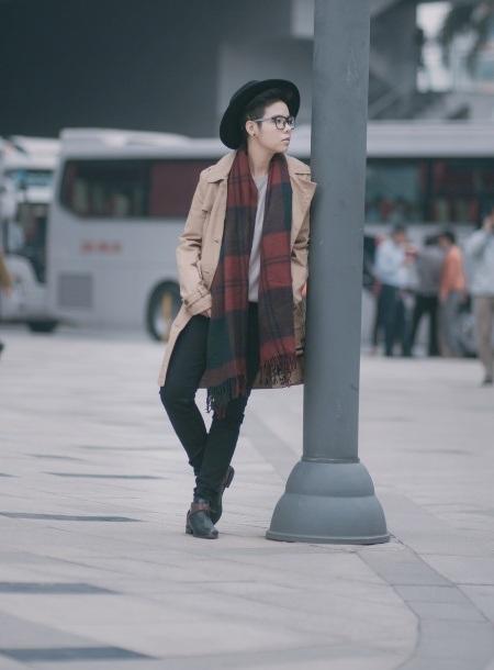 Vũ Cát Tường lạnh lùng với phong cách tomboy