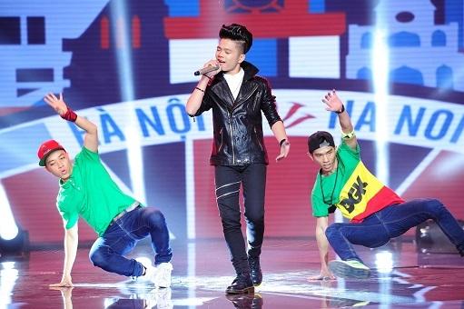 Quang Anh mang đến không khí sôi động với ca khúc Hà Nội - Sài Gòn