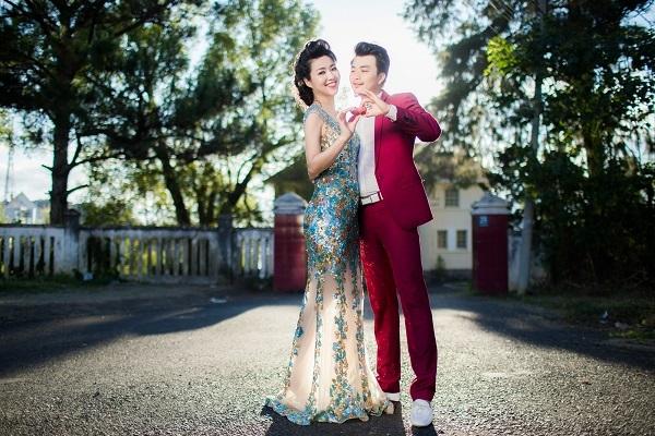Trước đó, lễ cưới sẽ được tổ chức tại nhà của chú rể Tuấn Khải vào ngày 27/12 ở Tiền Giang.