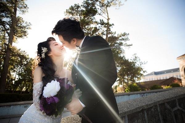 Vốn là người kín tiếng nên Lê Khánh cũng không muốn chia sẻ quá nhiều về đám cưới của mình.