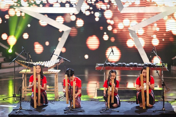 Bốn chị em đã hoàn thành tiết mục xuất sắc trong đêm bán kết 5