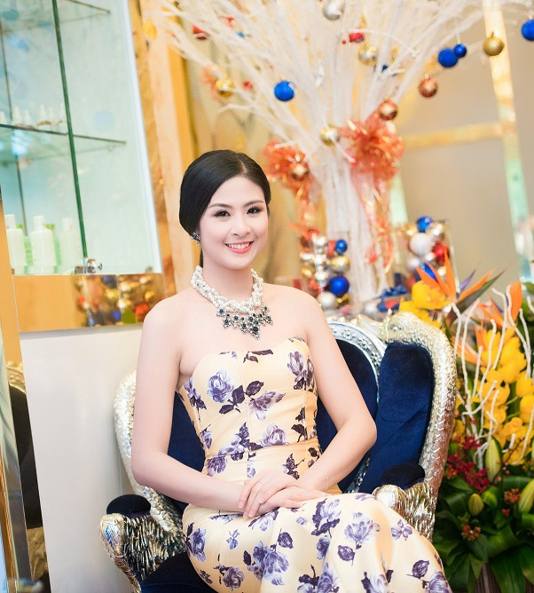 Ngọc Hân ngày càng chỉn chu trong phong cách thời trang và mặn mà về nhan sắc.