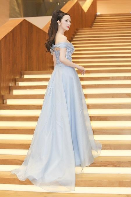Hoa hậu Giáng My đầy kiêu sa với chiếc đầm dạ hội lộng lẫy của NTK Hoàng Hải.