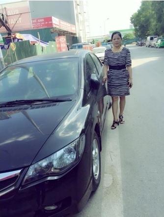 Cô Dung, mẹ của Linh Nhâm là Tổng Giám Đốc của hệ thống thời trang Made in Vietnam