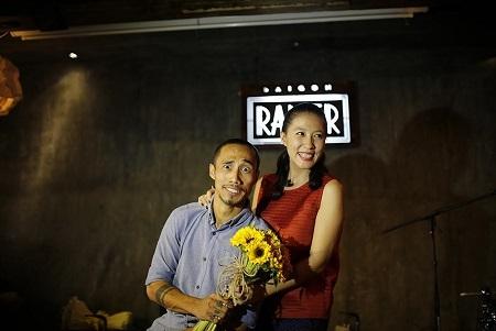Đến dự sự kiện còn có sự hiện diện của bà xã của Phạm Anh Khoa.