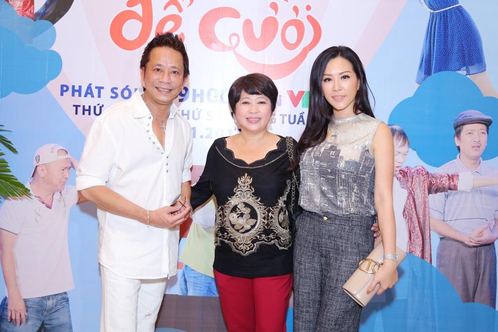 Hoa hậu Thu Hoài cùng danh hài Phi Phụng và Bảo Chung