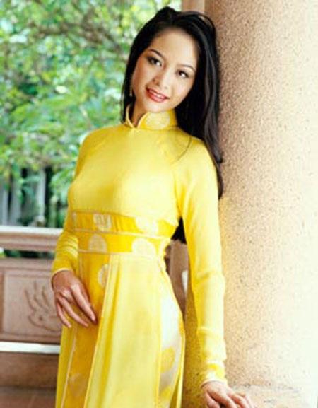 """10 Hoa hậu """"tri thức"""" của nhan sắc Việt"""