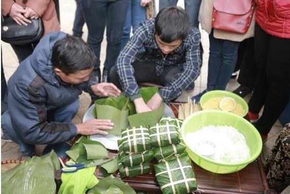 Ngày hội đã bắt đầu diễn ra tại Hà Nội và thu hút sự chú ý của rất nhiều bạn trẻ.
