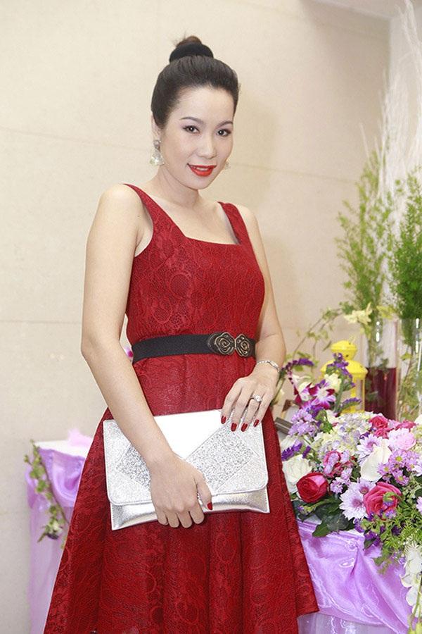 Trịnh Kim Chi hạnh phúc mang bầu lần 2 sau 12 năm chờ đợi