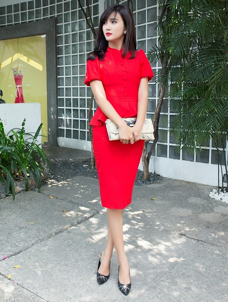 Nhan sắc ngọt ngào của mỹ nhân Phụ nữ thế kỷ 21 Kim Tuyến