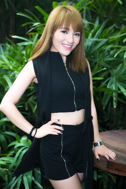 Quán quân Vietnam Idol Nhật Thủy lột xác ngày trở lại