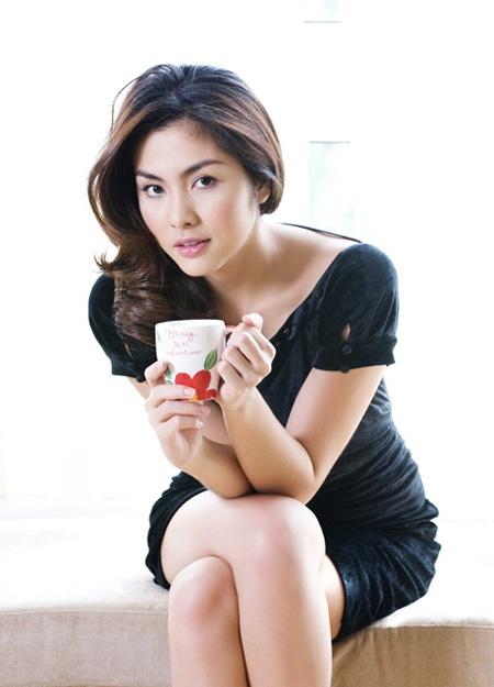 Tăng Thanh Hà - một trong những nữ ngôi sao hiếm scandal của showbiz Việt