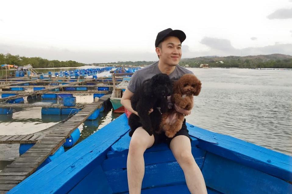 Dương Triệu Vũ cũng có 2 chú cún rất đáng yêu thuộc họ
