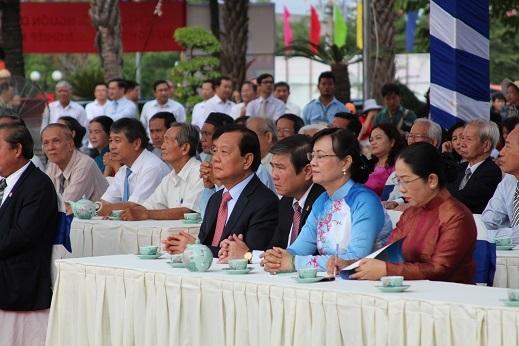 Đại diện các cấp lãnh đạo thành phố tại buổi lễ