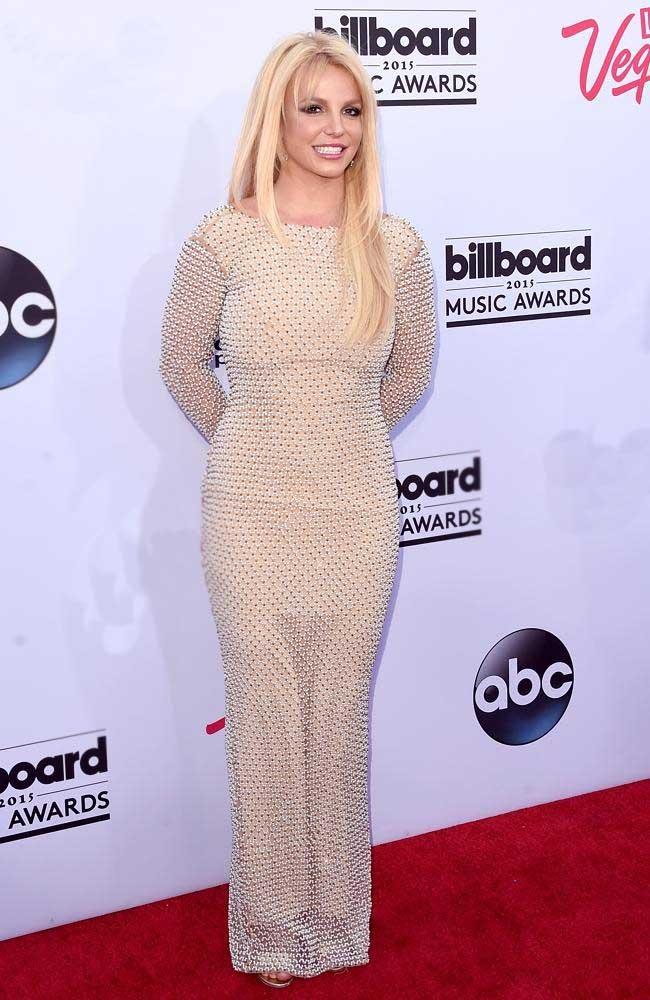 Britney quyến rũ trên thảm đỏ Billboard tại Las Vegas.