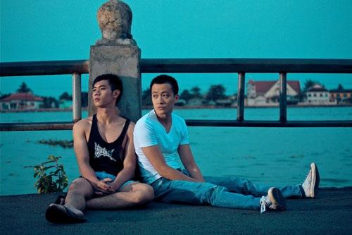 Hot boy nổi loạn là bộ phim điện ảnh đồng tính về gay đầu tiên xuất hiện