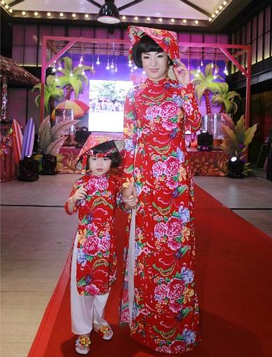 Những trang phục thảm họa của sao Việt