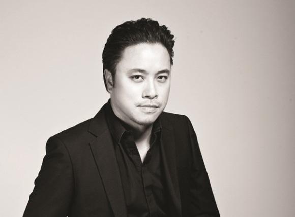 Victor Vũ cũng là đạo diễn phong độ và điển trai nhất