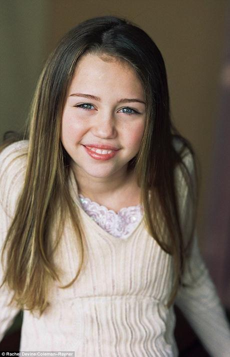 Smiley Miley ngọt ngào của 11 năm trước