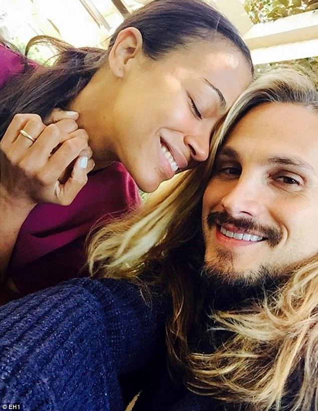 Zoe và chồng.