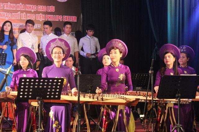 Nhiều tiết mục mang đậm màu sắc dân tộc Việt Nam và cố đô Huế
