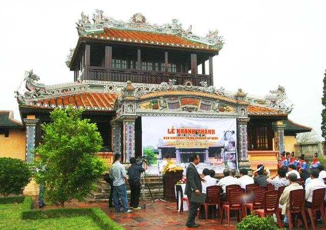 Khánh thành Thái Bình Lâu