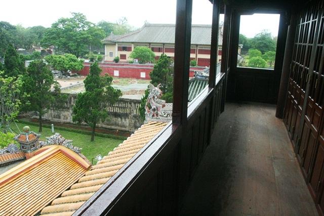 Hành lang tầng 2 thông thoáng