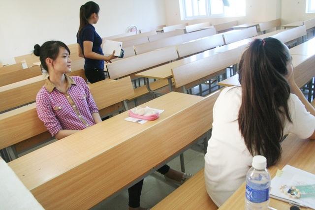 2 thí sinh hiếm hoi thi tiếng Trung tại ĐH Huế