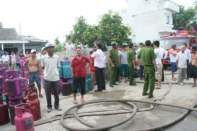 Nhà anh Phúc sát kho gas bị ảnh hưởng bởi vụ nổ.